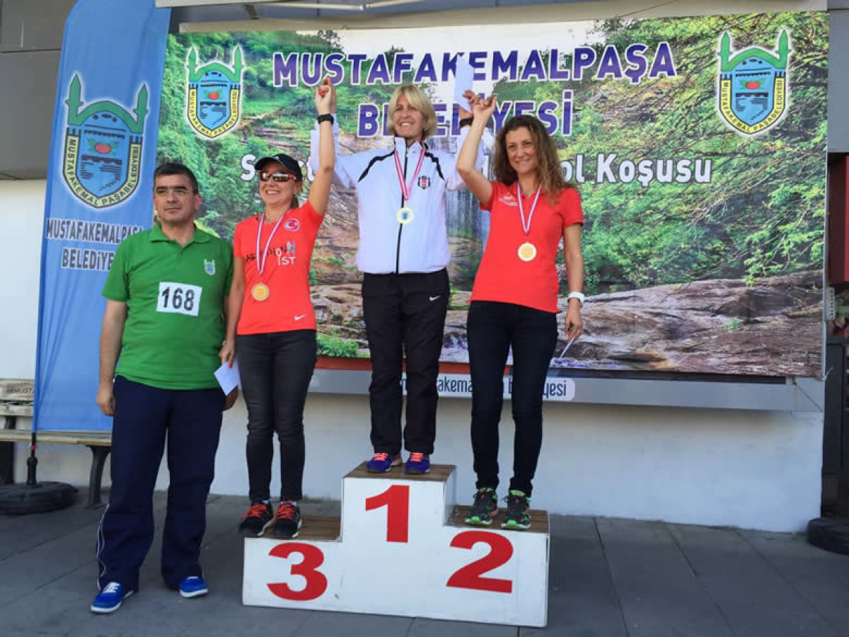 Eker I Run Team Kemalpaşa'da Uçtu