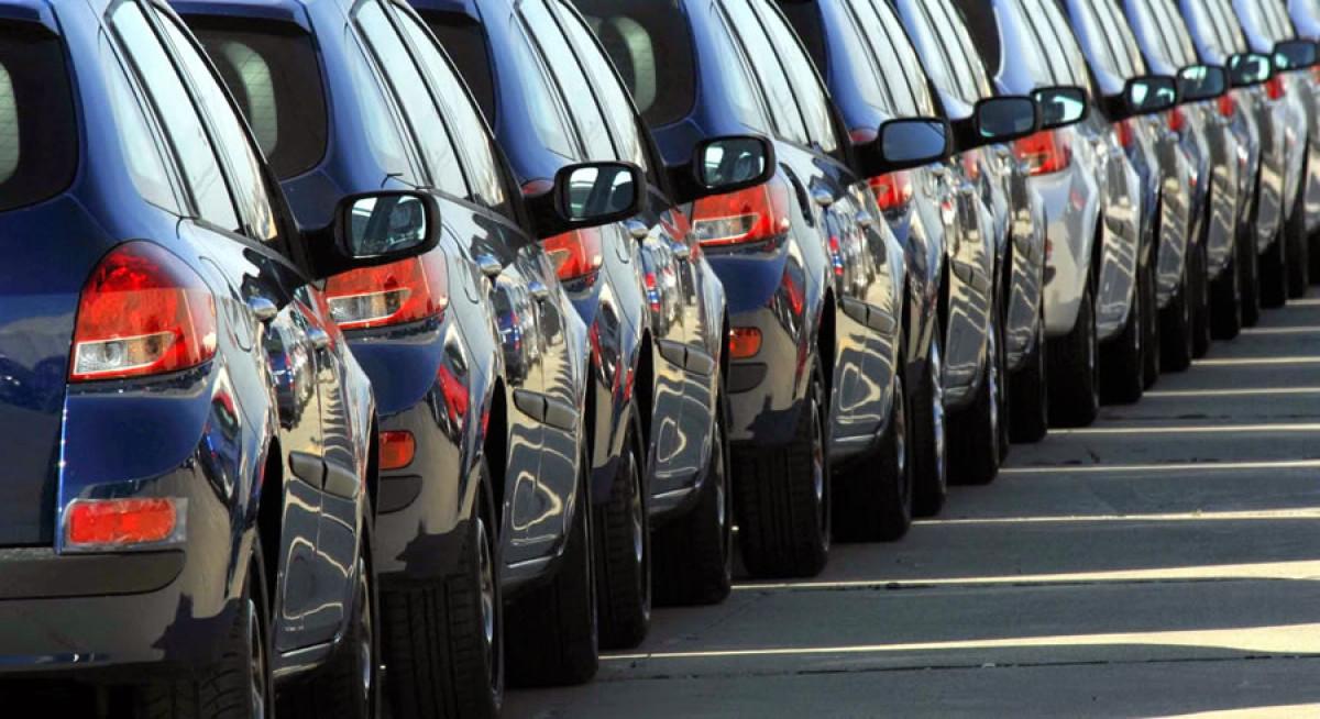 Kuzey Kıbrıs'ta araç kiralama talebi artıyor