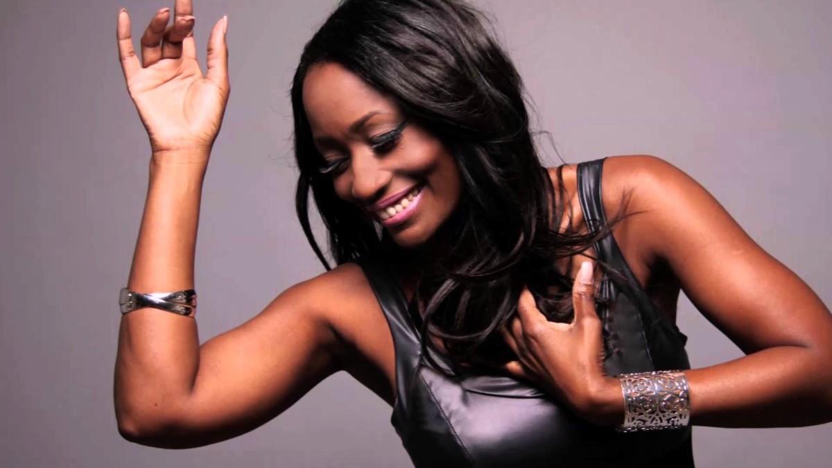 Whitney Houston ve Michael Jackson ile çalışan Del...