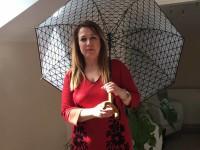 Şemsiye Hareketi Gönüllüsü Duygu Candemir