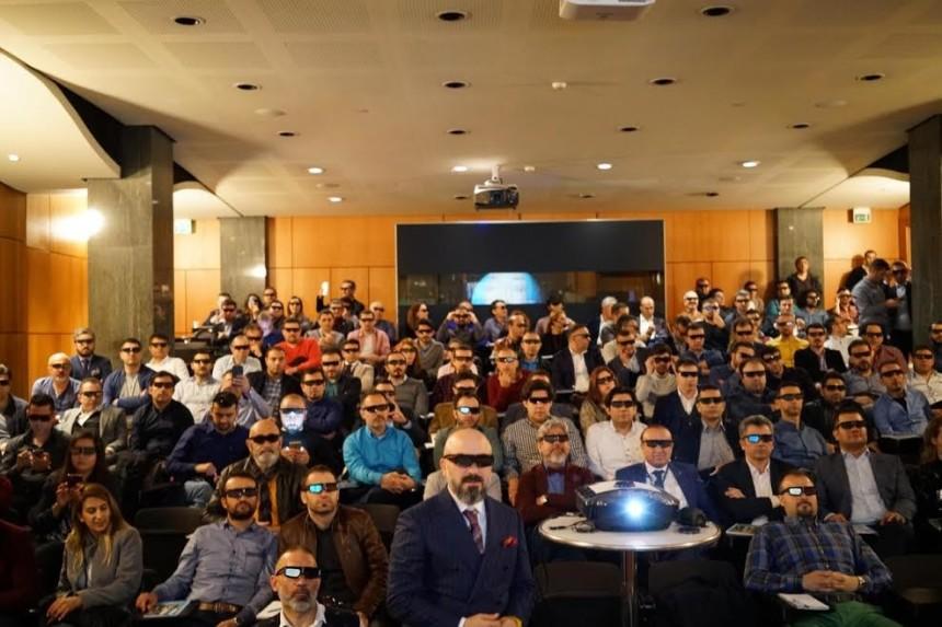Dünyada ve Türkiye'de bir ilk: 3D canlı burun estetiği