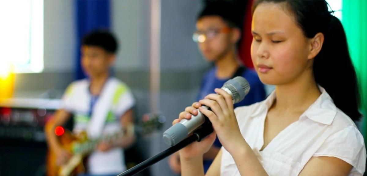 Görme engelli çocuklar müzikle hayata tutunuyor