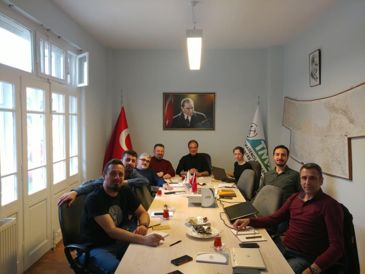 Türkiye Madenciler Derneği'nden Bir İlk: Maden Kur...